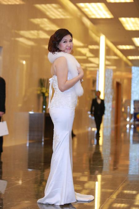 Á hoàng Thu Lộc rạng rỡ trong đêm dạ tiệc Lady Luxury Night - 3