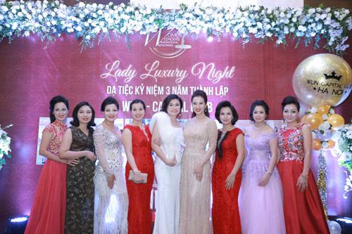 Á hoàng Thu Lộc rạng rỡ trong đêm dạ tiệc Lady Luxury Night - 4