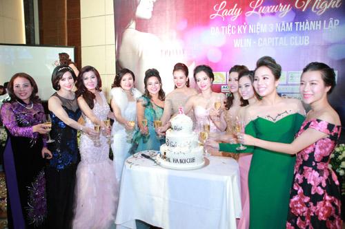 Á hoàng Thu Lộc rạng rỡ trong đêm dạ tiệc Lady Luxury Night - 6