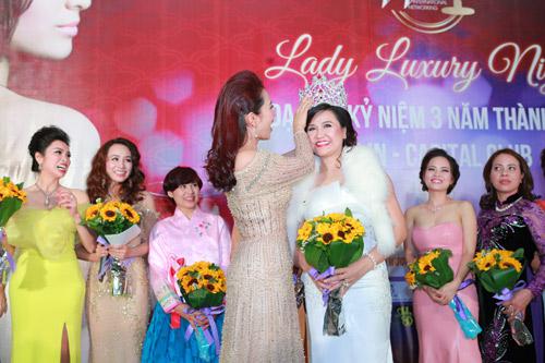 Á hoàng Thu Lộc rạng rỡ trong đêm dạ tiệc Lady Luxury Night - 7