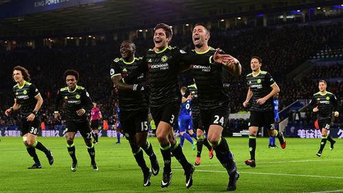 Tiêu điểm NHA V21: Manchester ảm đạm, Chelsea bứt phá - 1
