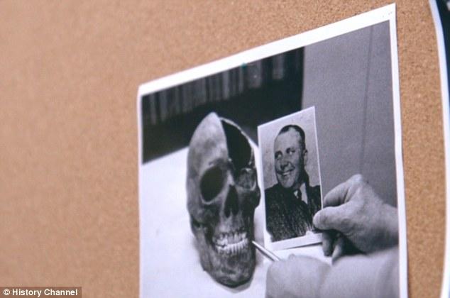 Điệp viên CIA tung bằng chứng Hitler bay tới Nam Mỹ trốn - 5