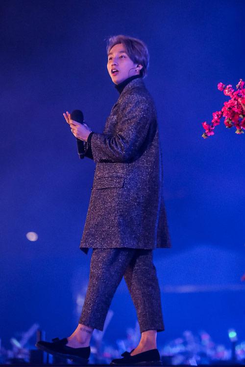 """Mãn nhãn """"show diễn của những kỷ lục"""" VinID 2017 - 3"""