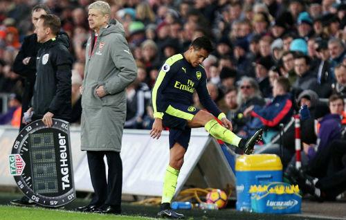 Arsenal tìm người thay Sanchez: Hàng hiệu hay hàng thải - 1