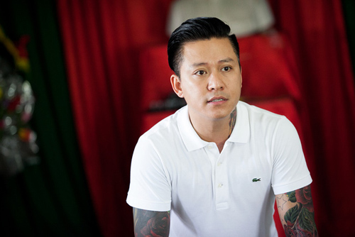 Tuấn Hưng lao vào đám cháy cứu 4 người tại Đà Nẵng - 1