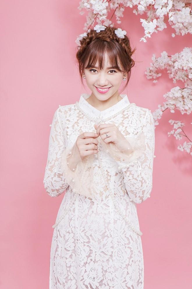 Hari Won xinh như búp bê với áo dài ren lạ mắt - 3
