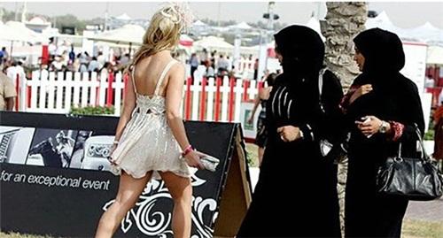 Phụ nữ sẽ thế nào nếu chấp nhận làm dâu ở Dubai? - 3