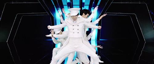 Cười té ghế với hậu trường cảnh quay MV của trai đẹp Hàn - 5
