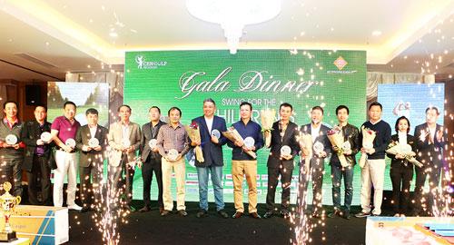 """CENGOLF tổ chức thành công giải golf """"Swing for the children's Tet 2017"""" - 4"""