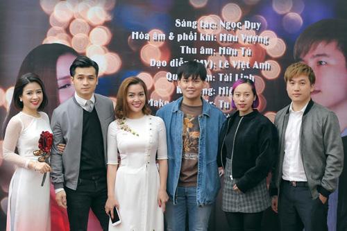 """Nguyễn Ngọc Anh kết hợp 3 """"phi công trẻ"""" trong MV về mùa xuân - 3"""