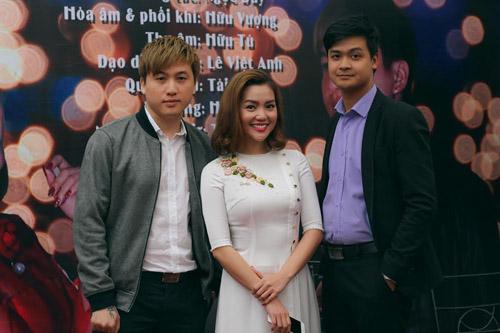"""Nguyễn Ngọc Anh kết hợp 3 """"phi công trẻ"""" trong MV về mùa xuân - 1"""