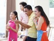 Gia đình Quyền Linh: Nỗ lực gần con ngay từ những việc nhỏ