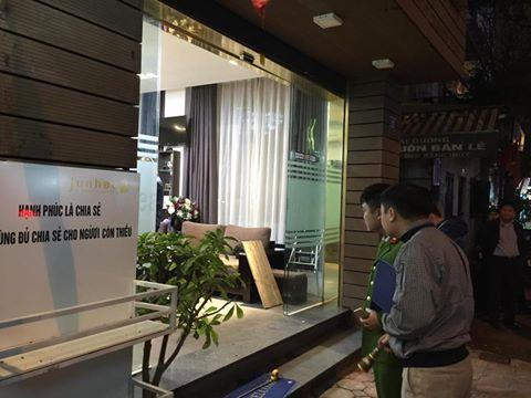 Điều tra vụ nổ súng trước quán cà phê ở Hà Nội - 1
