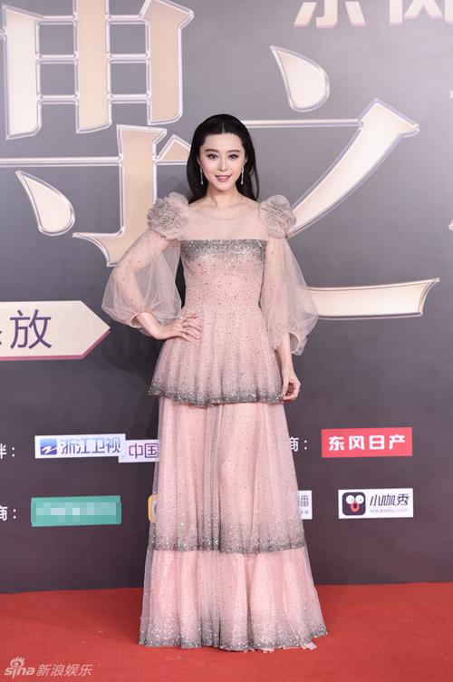 Bản sao Song Hye Kyo bị chê lố trước Phạm Băng Băng - 1