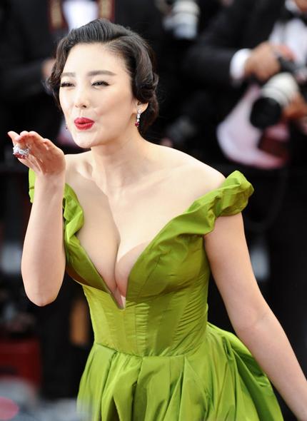 Bản sao Song Hye Kyo bị chê lố trước Phạm Băng Băng - 7