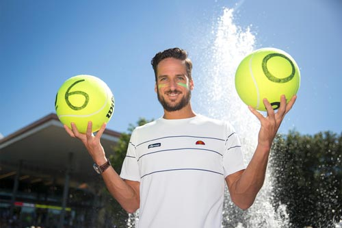 Australian Open ngày 2: Simon, Raonic thắng dễ - 1