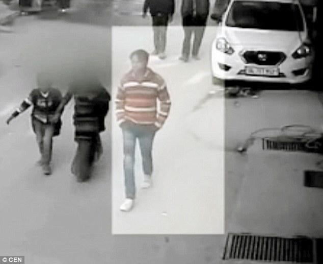 Bắt kẻ tấn công tình dục 600 nữ sinh ở Ấn Độ - 2