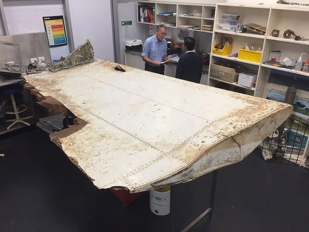 Chính thức ngừng tìm kiếm, MH370 có thể mãi mãi mất tích - 2
