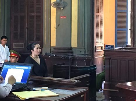 Vợ bí thư xã đốt xác: Chuyển từ tử hình xuống 20 năm - 1