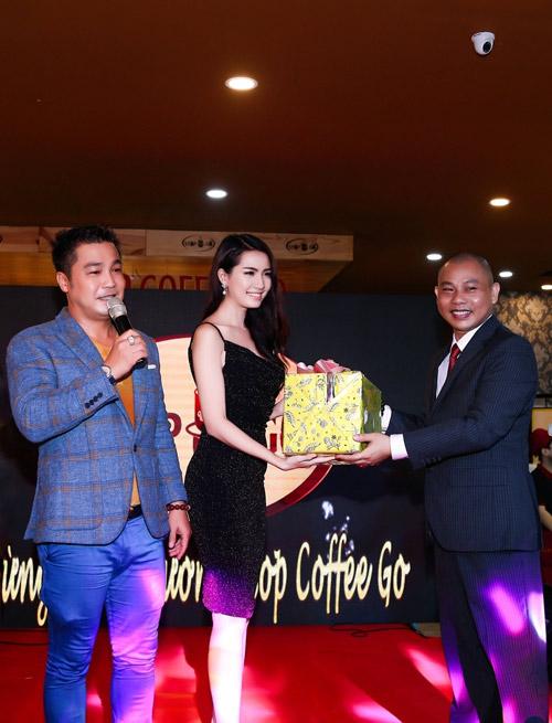 Tưng bừng khai trương thương hiệu Stop Coffee Go tại Sài Gòn - 5