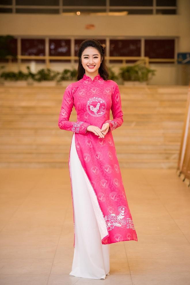 Hoa hậu Thu Ngân, Kỳ Duyên diện họa tiết gà đẹp ngút mắt - 1