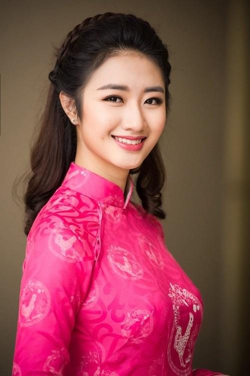 Hoa hậu Thu Ngân, Kỳ Duyên diện họa tiết gà đẹp ngút mắt - 3