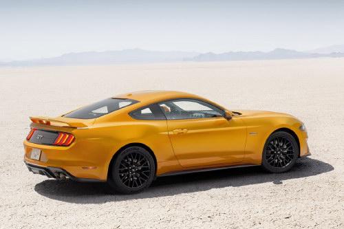 Ford Mustang 2018: Thiết kế mới, hộp số 10 cấp - 4