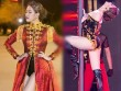 Hoàng Thùy Linh diện ''căng đét'' múa cột sexy trong giá rét