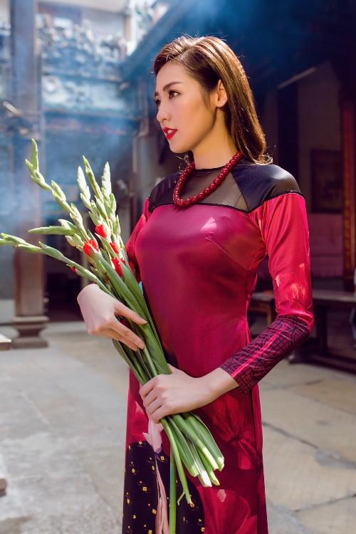 Á hậu Tú Anh mơn mởn nét xuân thì với áo dài nền nã - 7