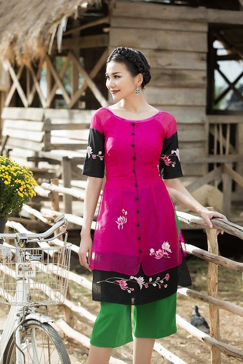 Thanh Hằng diện áo dài khoe sắc thắm bên vườn xuân - 9