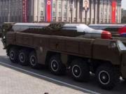 """Triều Tiên phóng tên lửa ngay ngày mai """"dằn mặt"""" Trump?"""