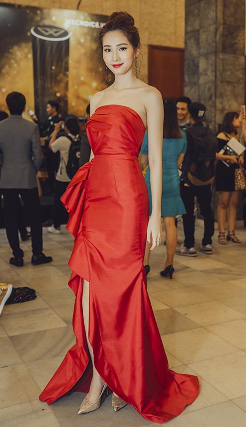 Huyền My, Mỹ Linh dẫn đầu top mặc đẹp với mốt thấu da - 8
