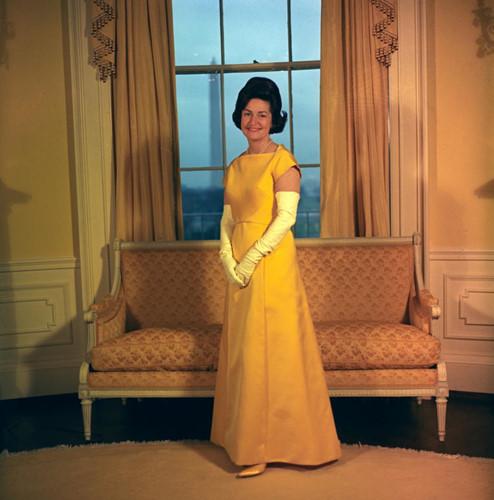 Xiêm y đệ nhất phu nhân Mỹ nào đẹp nhất ngày chồng nhậm chức? - 7