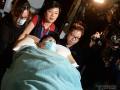 Lưu Đức Hoa vẫn nằm bất động sau tai nạn trên phim trường