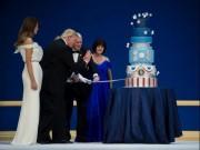 Bánh gato Trump dùng ngày nhậm chức giống kì lạ của Obama