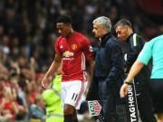 Bóng đá - Biến mới ở MU: Martial bất mãn với Mourinho