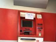 Tài chính - Bất động sản - Hết kẹt tàu xe, dân Sài Gòn lại khổ vì ATM hết tiền