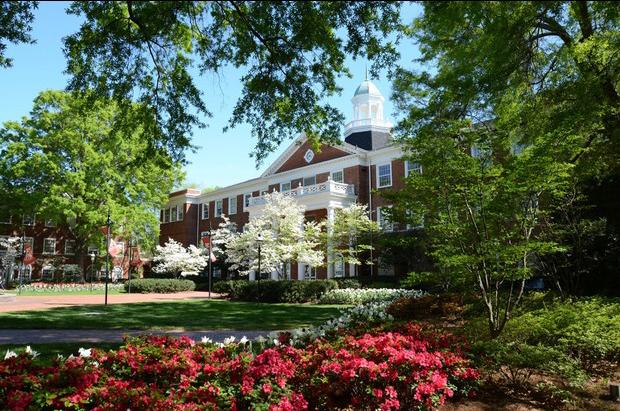 """""""Lác mắt"""" với 10 khuôn viên trường đại học đẹp nhất thế giới - 7"""