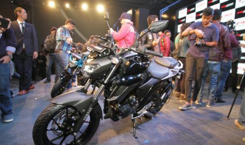 2017 Yamaha FZ25 lên kệ, giá 39,4 triệu đồng - 3