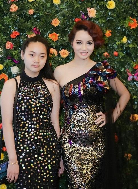 Con gái Mai Thu Huyền đã lớn phổng phao và vô cùng xinh xắn - 2