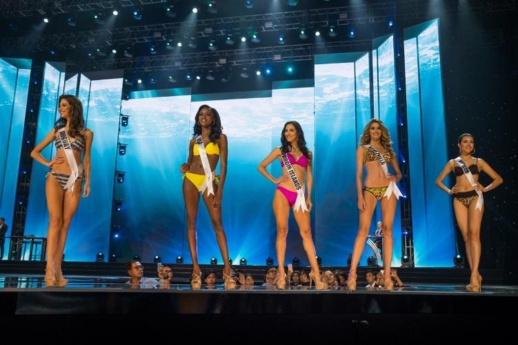 Lệ Hằng siêu ấn tượng, gây tranh cãi tại Miss Universe - 5