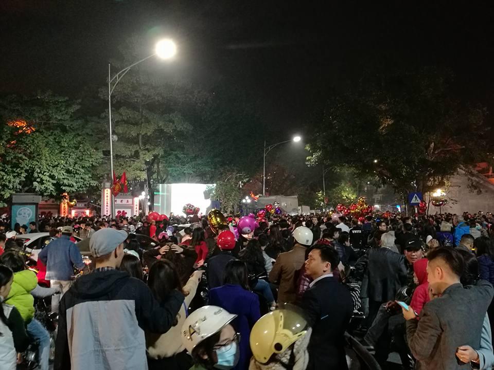 Cả nước hân hoan chào đón năm mới Đinh Dậu 2017 - 22