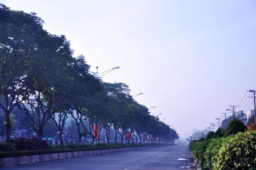 Sài Gòn se lạnh và tĩnh lặng sáng đầu năm - 2