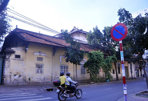 Sài Gòn se lạnh và tĩnh lặng sáng đầu năm - 5