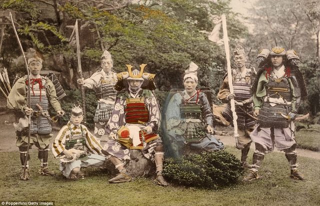 Ảnh màu hiếm có về samurai Nhật cách đây 130 năm - 3