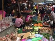 Thị trường - Tiêu dùng - Chợ 30 Tết: 1kg thịt bò mua được 10kg thịt lợn