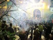 Tin tức trong ngày - HN: Không bắn pháo hoa, người dân đổ xô đi lễ chùa đầu năm