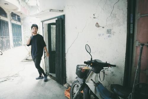 """Phòng trọ chật chội của mẹ con Quang Anh """"The Voice Kids"""" - 1"""
