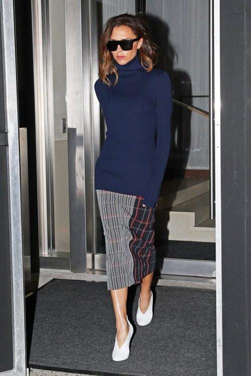 """Đôi giày nào đang khiến Victoria Beckham bị """"nghiện""""? - 7"""