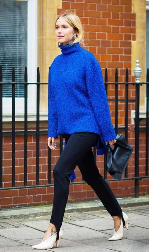 """Đôi giày nào đang khiến Victoria Beckham bị """"nghiện""""? - 12"""